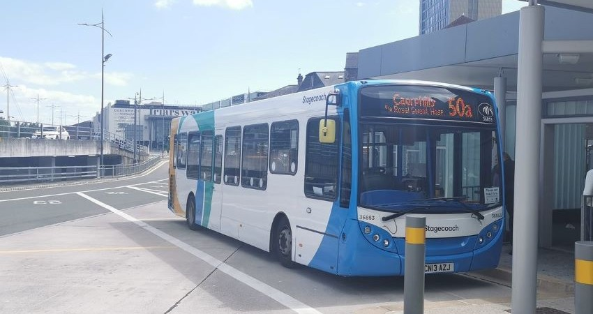 Stagecoach-bus-drivers-lead-the-way-in-safe-and fuel-efficient-GreenRoad-driving-scheme